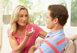 Photo of 10 نصائح لكي تجعلي زوجك يستمع إليك