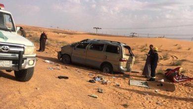 Photo of وفاة السائق وإصابة 7 طالبات جامعيات.. انقلاب حافلة على طريق حائل – جبة