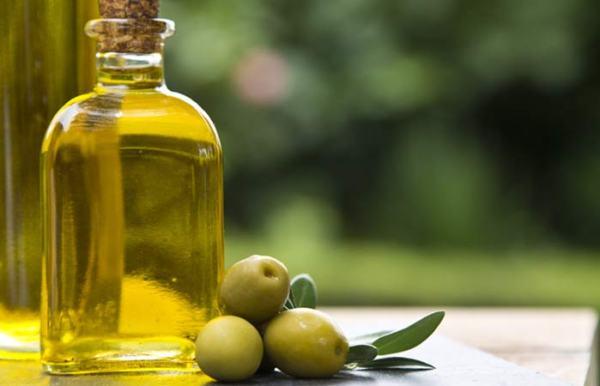 olive oil زيت الزيتون