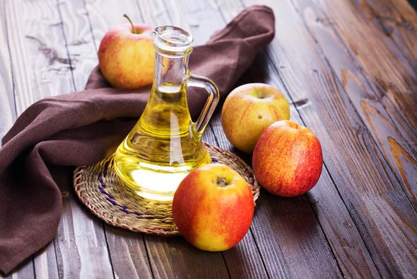 خل التفاح السحري لشد البشرة المترهلة