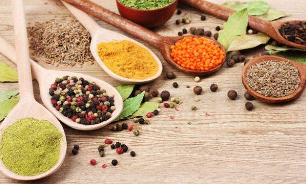 اعشاب طبيعية لتخلص من آلام الدورة الشهرية