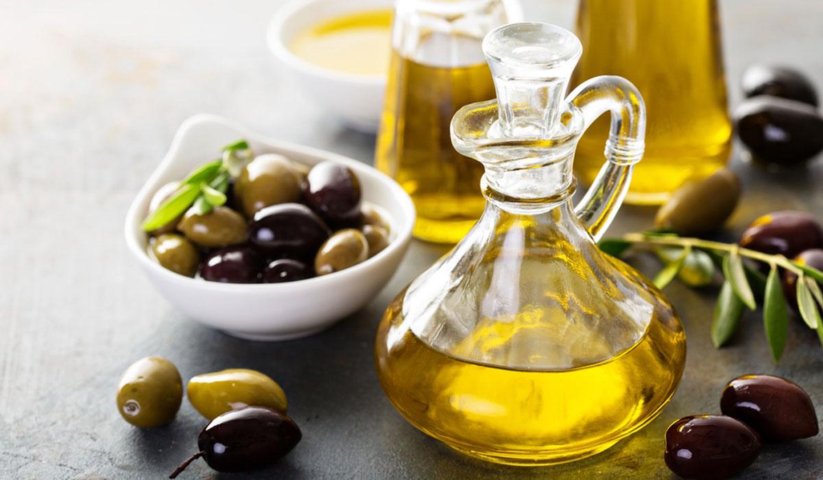 فوائد زيت الزيتون للبشرة المختلطة