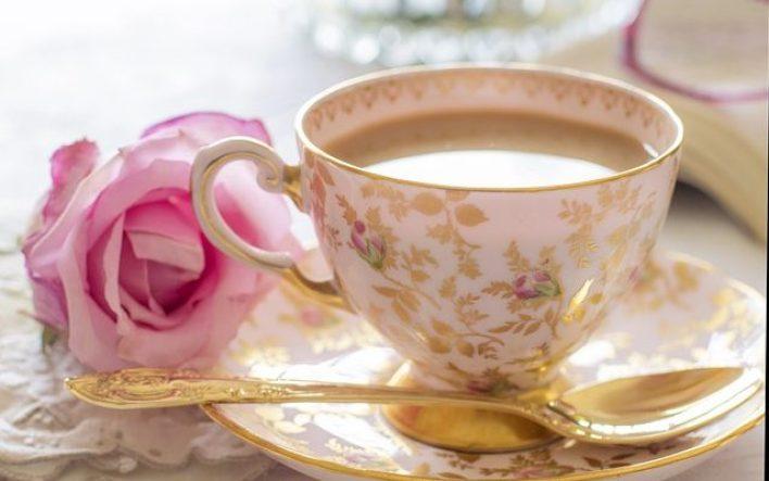 طريقة تحضير شاي الورد