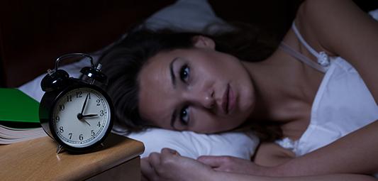 أسباب القلق في النوم