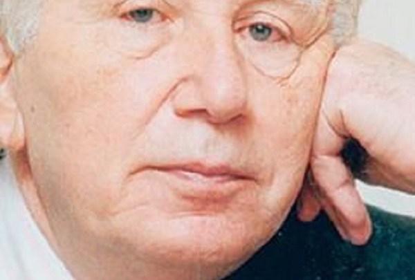 Photo of نزار قبانى في الرثاء