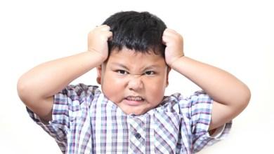 Photo of الطريقة الصحيحة للتعامل مع الطفل العنيد