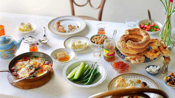 الفطور في أفضل مطاعم الرياض