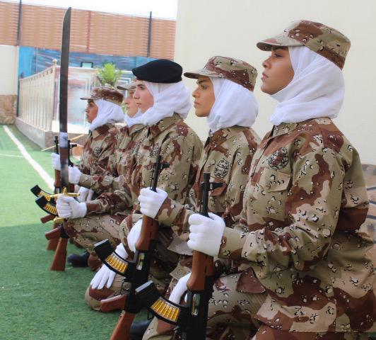 عروض عسكرية نسائية في احتفالات اليوم الوطني89