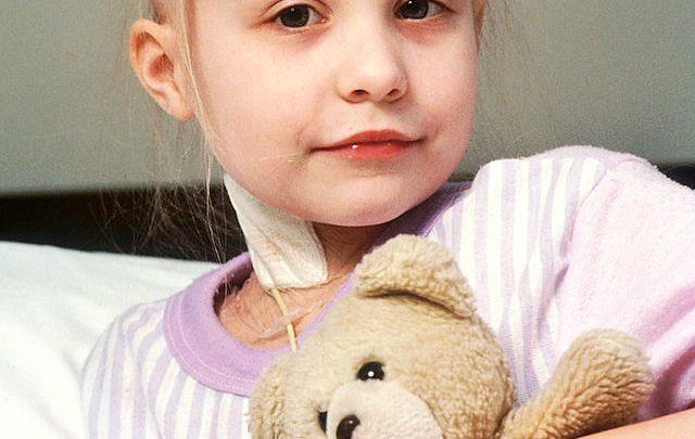 Photo of سرطان الدم أعراضه عند الطفل