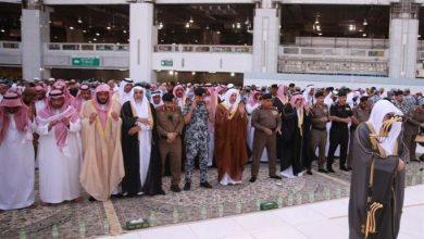 Photo of صور المصلون بالحرمين الشريفين يؤدون صلاة الاستسقاء