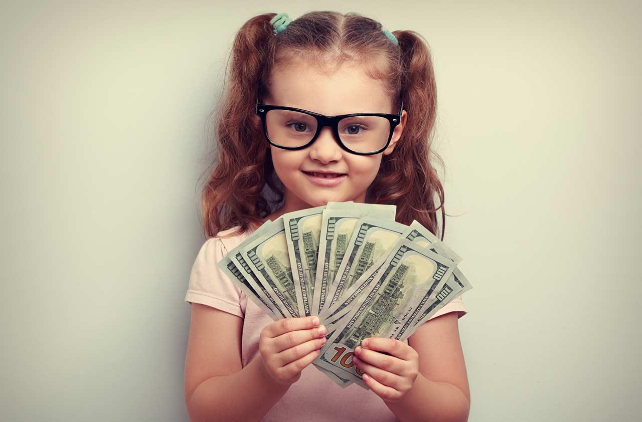 المرأة المادية يمكن إغرائها بالمال بكل سهولة