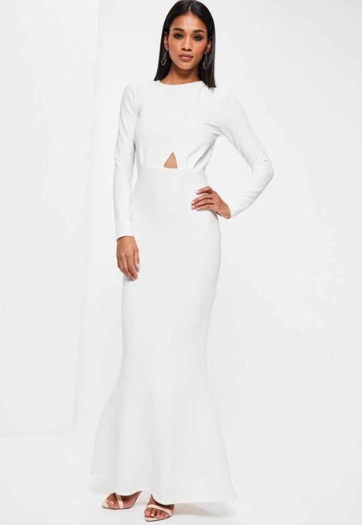 تفسير حلم الفستان الابيض للمتزوجة