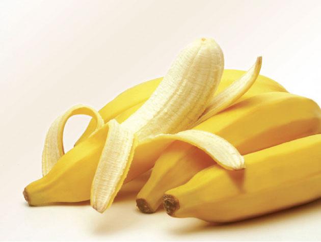 فوائد تناول الموز قبل النوم .