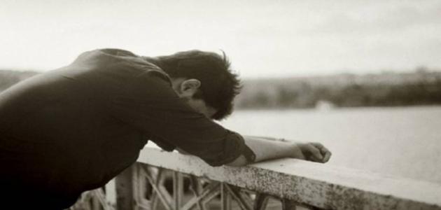 Photo of صور رجل حزين , ما أقبح حزن الرجال