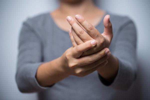 علاجات منزلية وطبيعية للخدران أو التنميل