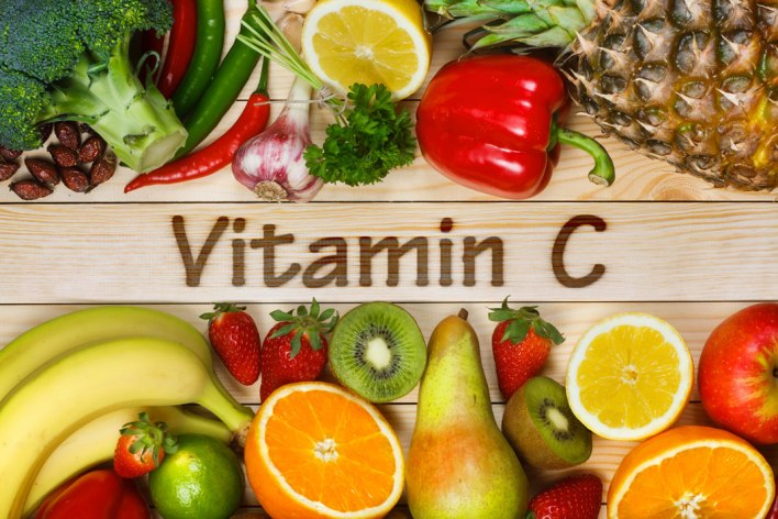 فوائد سيروم فيتامين سي