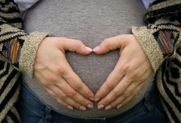 7 أكلات تزيد من وزن الجنين بسرعة