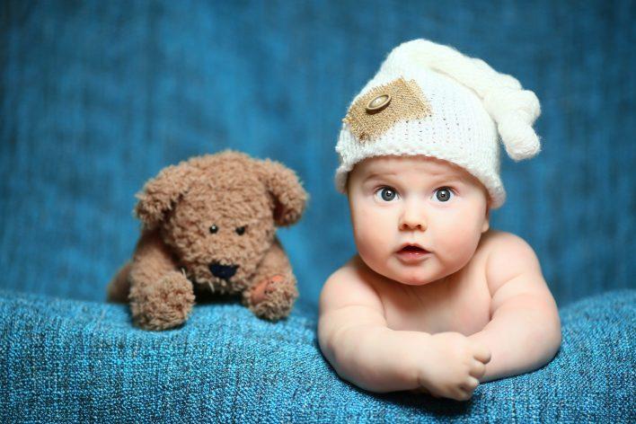 رؤية طفل فالمنام للعزباء