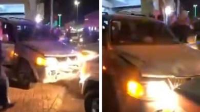 Photo of شاهد: بالقوة الجبرية.. إيقاف قائد مركبة قاوم رجال الأمن وصدم سيارة في طبرجل