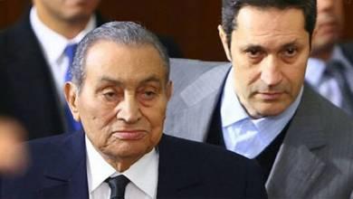 Photo of بفيديو مؤثر.. علاء مبارك ينعى والده