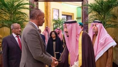 Photo of خادم الحرمين يعقد جلسة رسمية مع رئيس دولة أريتريا