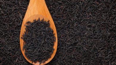 Photo of هل جربتِ الشاي الأسود من قبل لصبغ الشيب؟