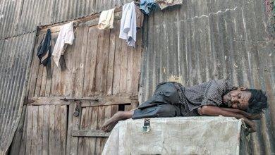 Photo of البنك الدولي يحذر من ظهور الملايين من الفقراء الجدد بسبب كورونا.. ويكشف عن السيناريو الأكثر سوداوية في حال استمرار الوباء