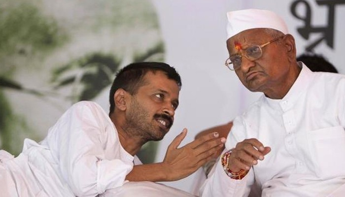 kejriwal and anna on dharna