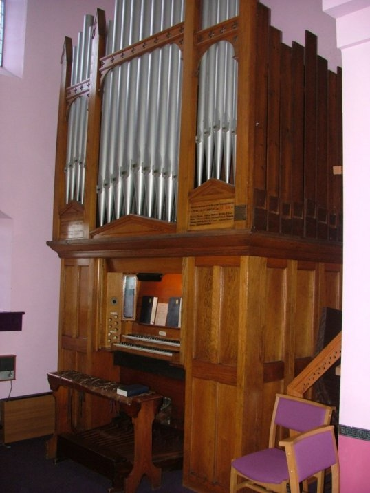 Prudhoemethodist2004_0226AG.JPG