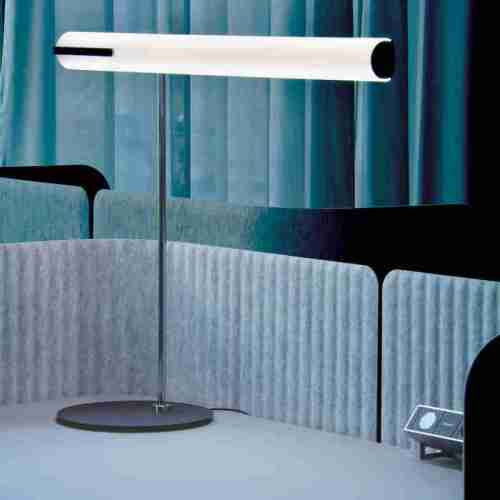 Helios table luminaire at the desk