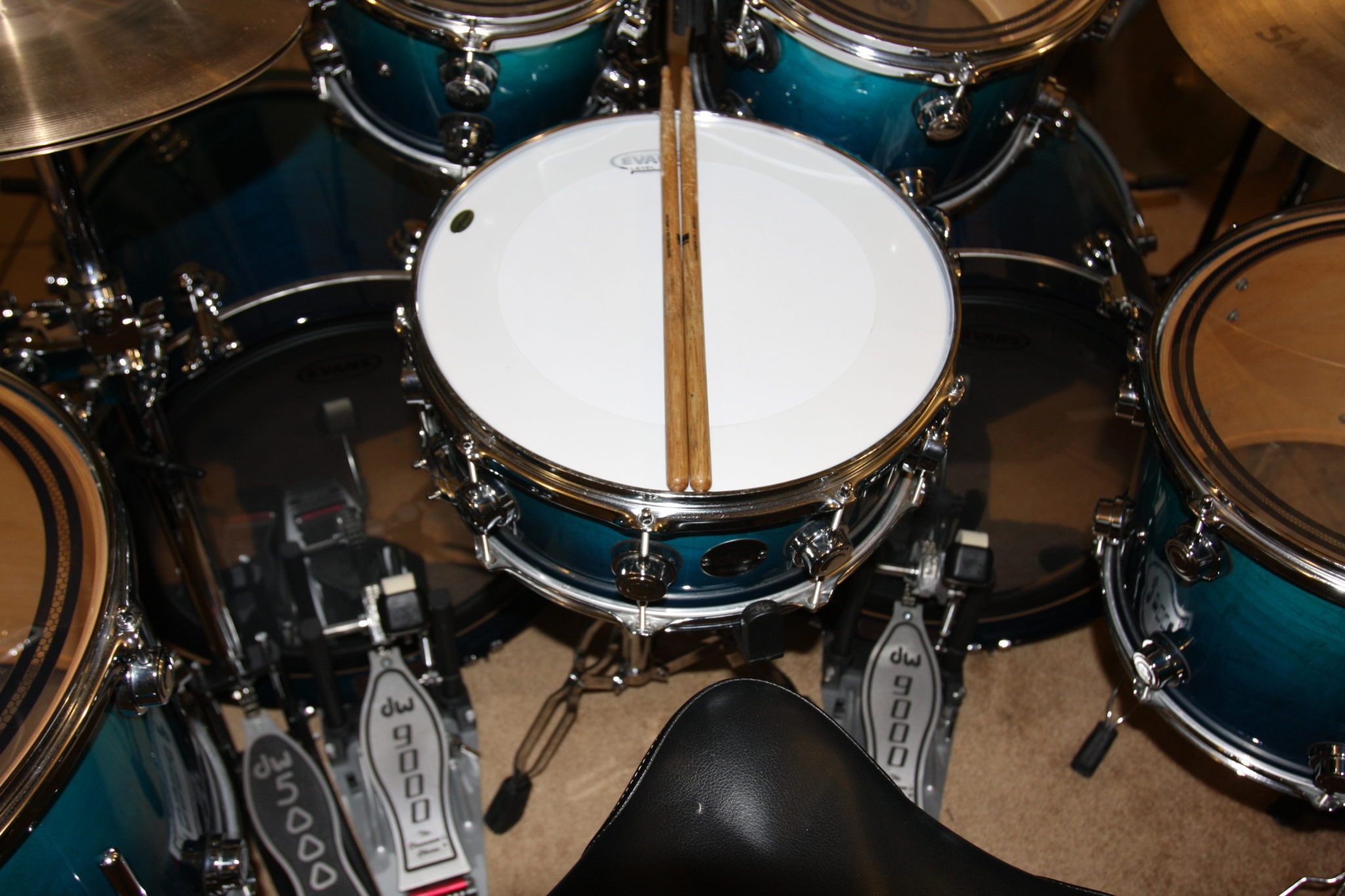 new evans heads on the dw drums snare and bass drums