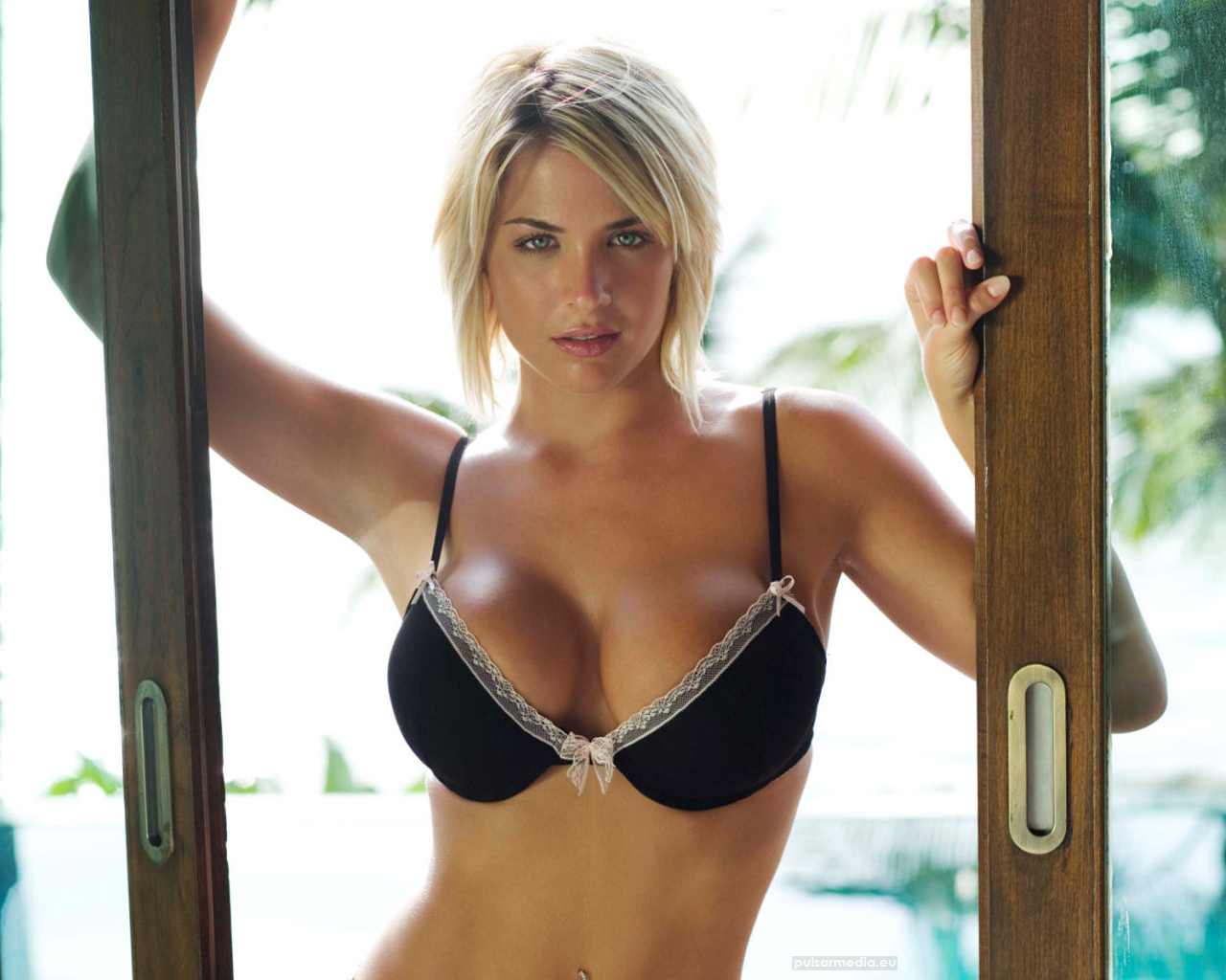gemma atkinson image 40 - photo #22
