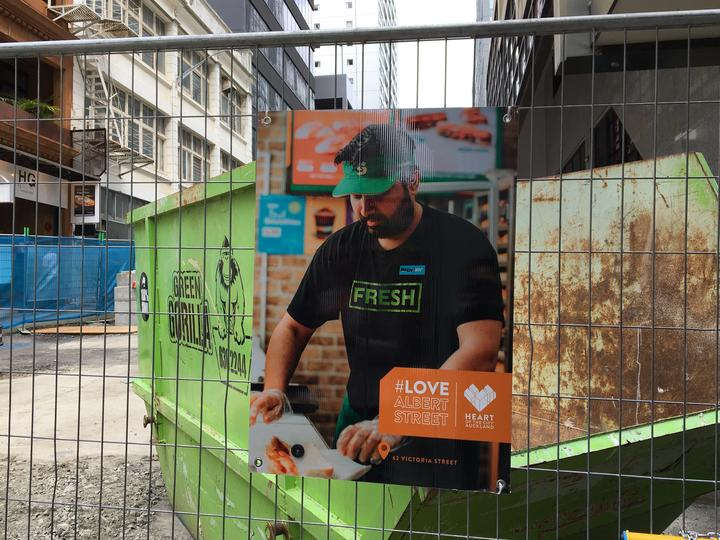There may be signage telling the public to love Albert Street in Auckland but there's more construction than shoppers.