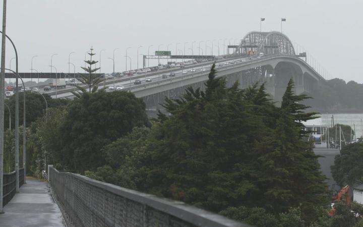 Traffic on Auckland Harbour Bridge after trucks crash.