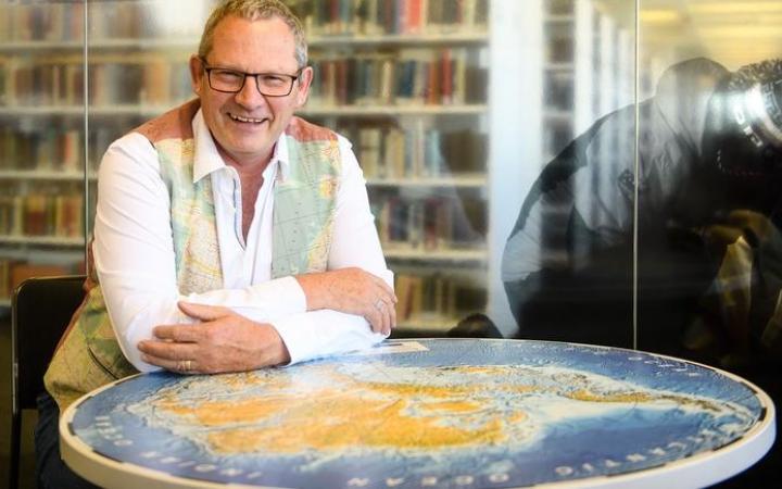 Professor James Renwick, winner of the 2018 Prime Minister's Science Communication Prize.