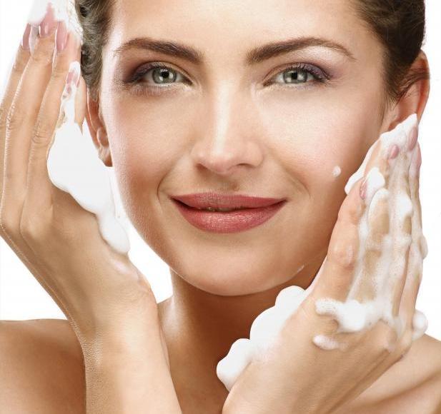 dove beauty moisture face wash review