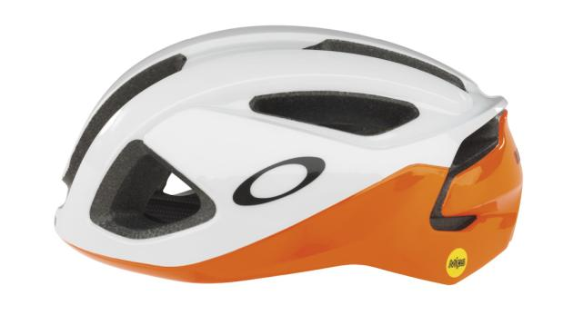 Oakley AR03 Cycling Helmet NeonOrange WEB