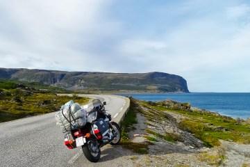 Lungo la strada verso Capo Nord con Yamaha XV535 Virago