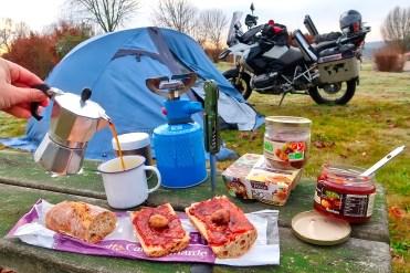 Campeggio in moto in Spagna con BMW R1200 GS