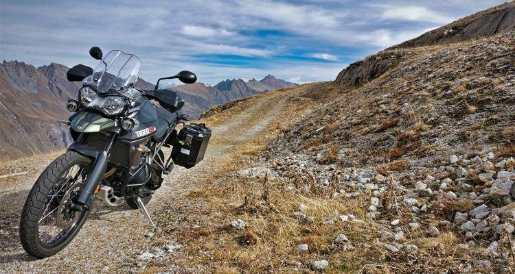 Lago del Sambuco e del Narèt in moto