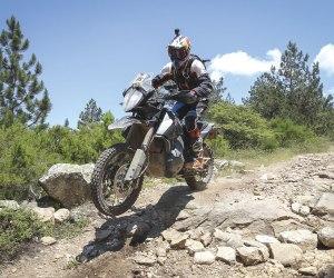 KTM 790 Adventure R in azione in Sardegna