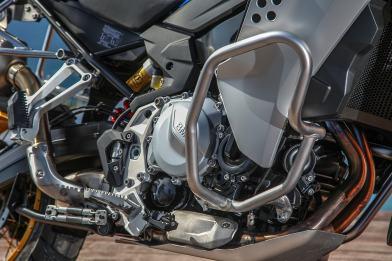 BMW F 850 GS Adventure, barre di protezione paramotore
