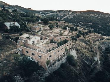 gibraltar-race-2019-al-via-paesaggio-ruderi