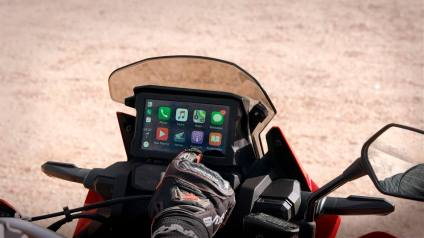 Honda Africa Twin 2020, apple car play