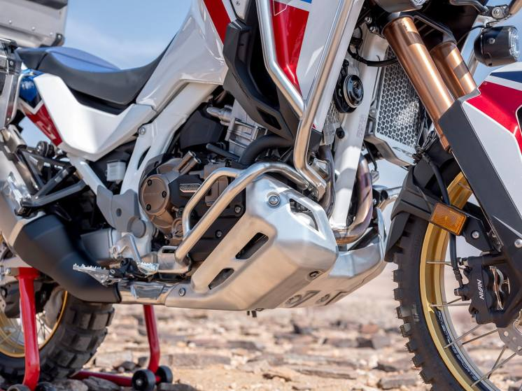 africa-twin-adventure-sports-2020-paramotore