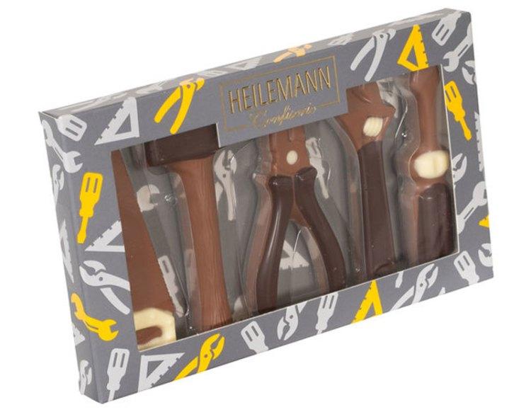 Set attrezzi di cioccolato