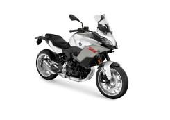 bmw-f-900-xr-livrea-bianca