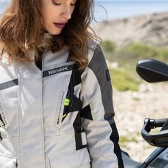 Stelvio Lady la nuova giacca primaverile di Hevik HJ2L305F
