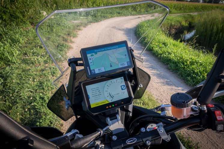 navigatore-garmin-zumo-xt-ktm-1290-super-adventure