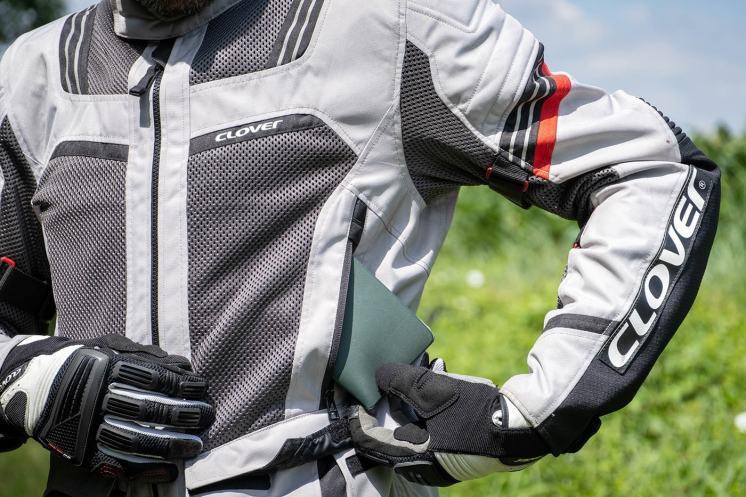 come scegliere la giacca da moto estiva